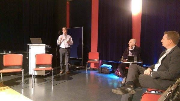 Our partner Brian Pickering from IT Innovation presenting SavingFood  in the first CAPS community meeting in Berlin